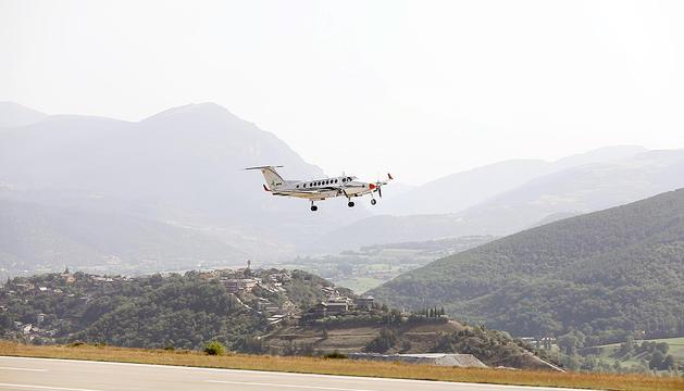 Avió Aeroport Andorra La Seu EFA